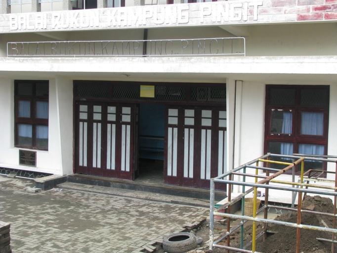 TK Kyai Mojo Pingit yang menumpang pada gedung serba guna kampung